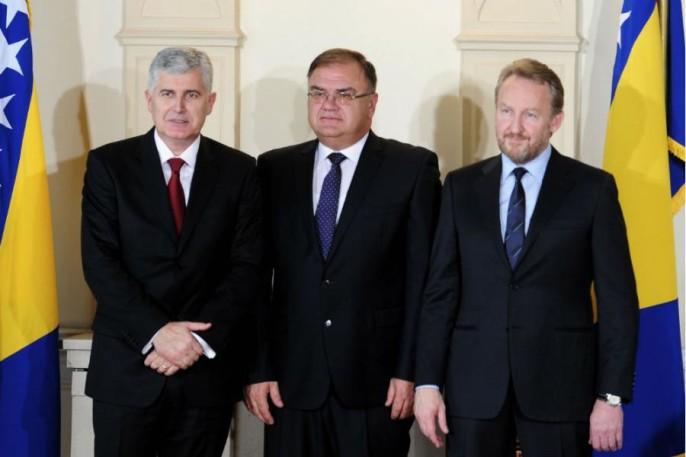 Bakir Izetbegović pristao na izdaju bosanskog teritorija u Sutorini