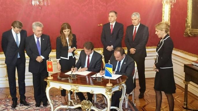 Bec 26.08. 2015:  U Ime predsjednistva BIH,  Crnadak  potpisao Kapitulaciju , izdaju i predaju bosanskog teritorija u Sutorini Crnoj Gori